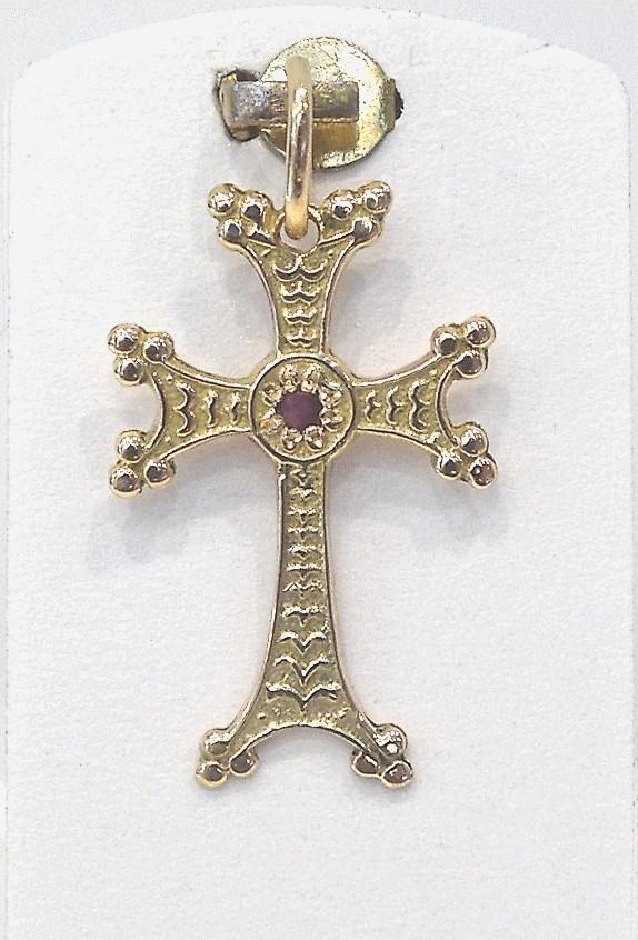 khatchkar croix arm nienne en or 18 carats avec rubis rachat d 39 or et d 39 argent marseille l. Black Bedroom Furniture Sets. Home Design Ideas