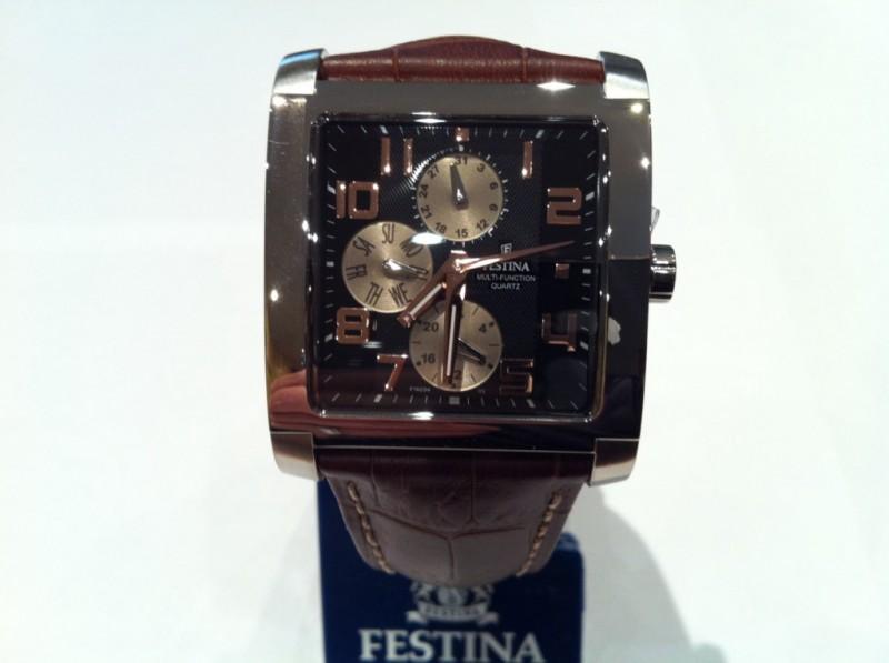 vente de montres de marques festina sur marseille rachat d 39 or et d 39 argent marseille l. Black Bedroom Furniture Sets. Home Design Ideas